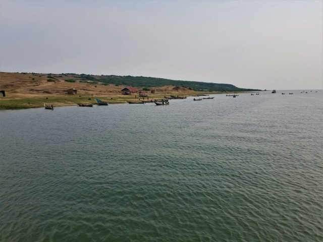 safari, Uganda, Red Chili, Queen Elizabeth National Park, boat tour, fishing boats