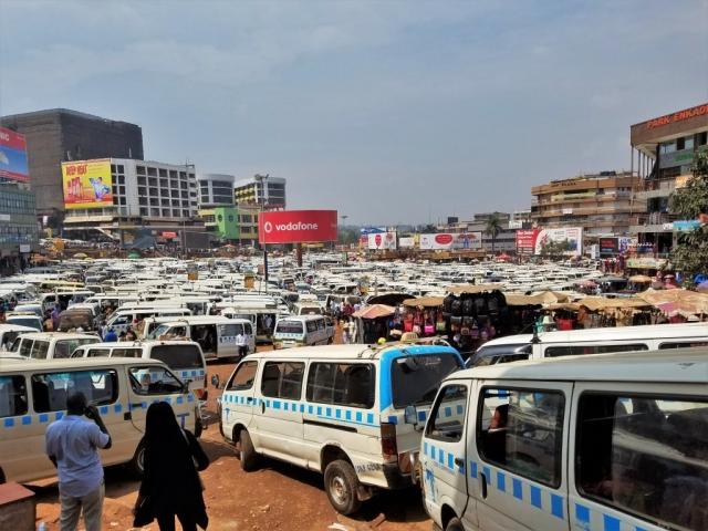 Uganda, Red Chili, Kampala, taxi stage